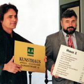 Der damalige Präsident des Kunstvereins Klaus-Dieter Böhm und der damalige Landrat Hans-Helmut Münchberg bei Eröffnung des Kunsthauses. (1995)